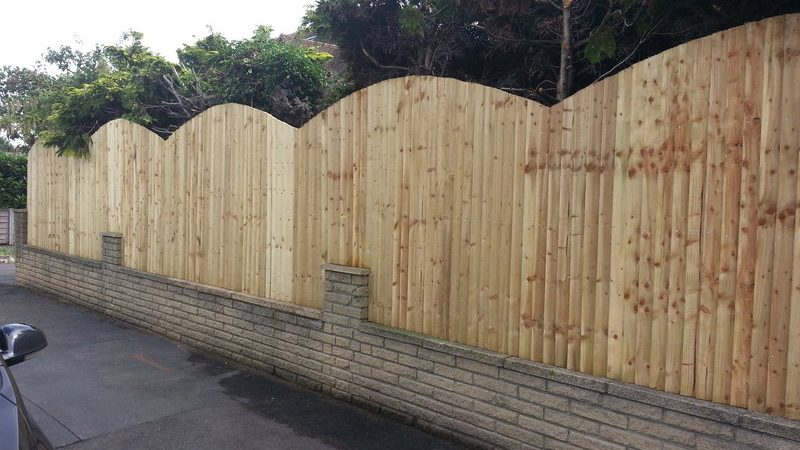Garden fencing by South London Fencing contractors in London, Surrey and Sussex