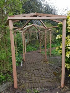 New pergola built by South London Fencing for our client in Wimbledon Village